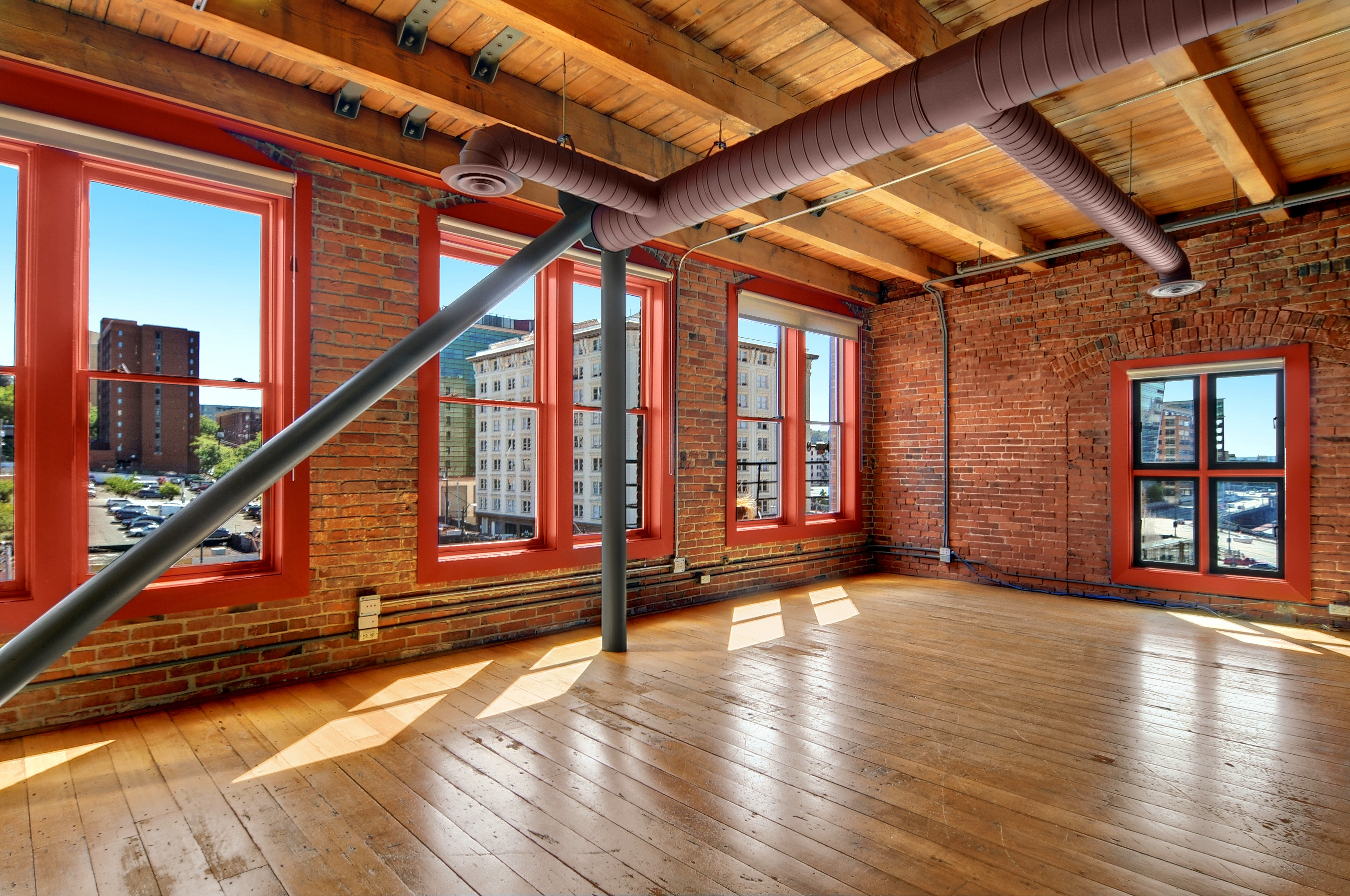 $161,000 Price Reduction At The Lofts - Seattle Penthouse ...