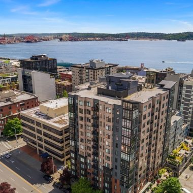 Penthouse At Avenue One In Belltown, $1,325,000